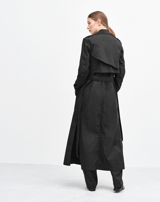 1-17-23580-s17-black_collection1