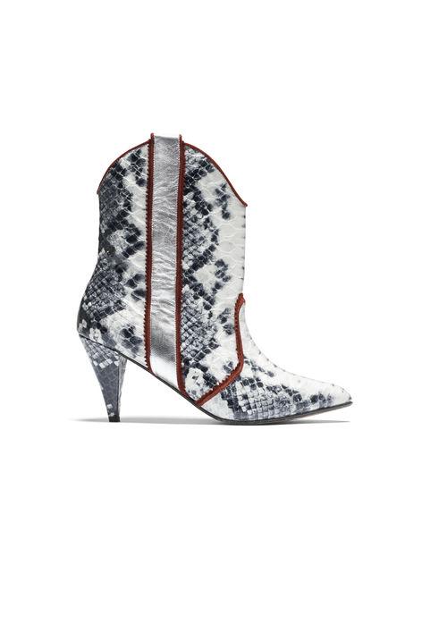 sylvia-boots