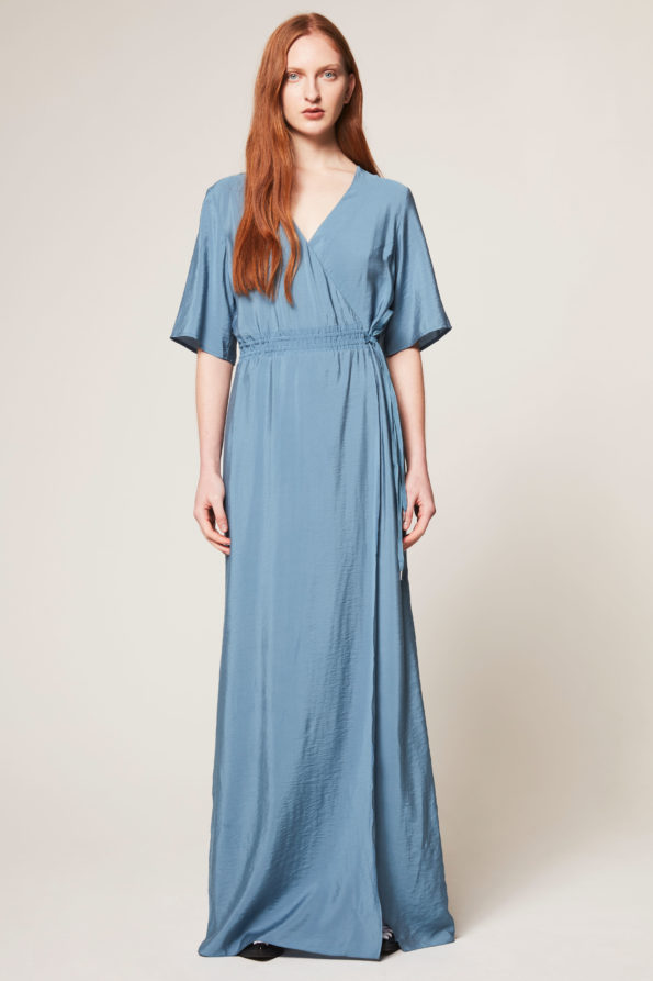 fabiola-blue-595x893