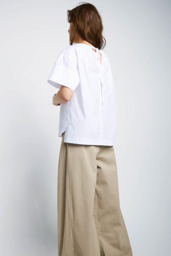 liliana-white-back-595x892