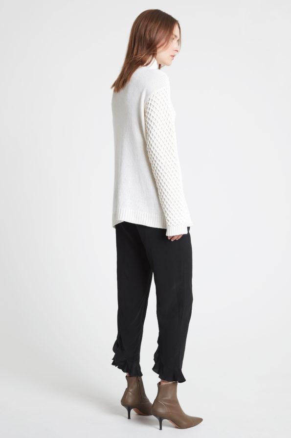 DAGMAR willow-white-back-595x895